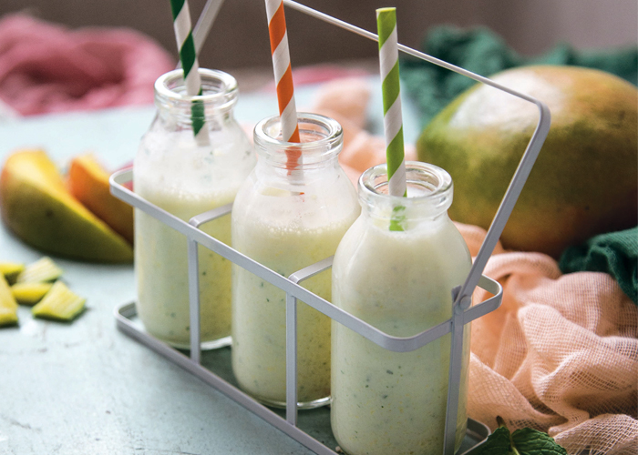Yogurt, Honey, Mango and Mint smoothie